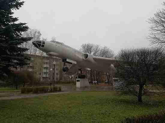 Главными темами на планерке в смоленской мэрии стали дожди, ливневки и самолет